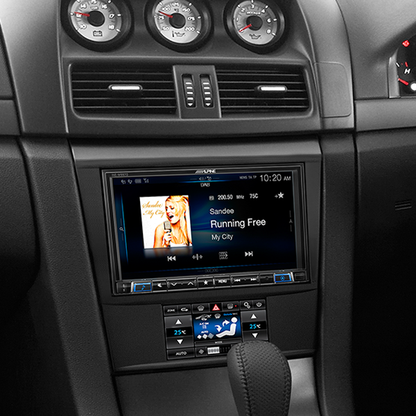 holden ve alpine ilx 702d 7 apple carplay android auto solution with dab sound garage. Black Bedroom Furniture Sets. Home Design Ideas