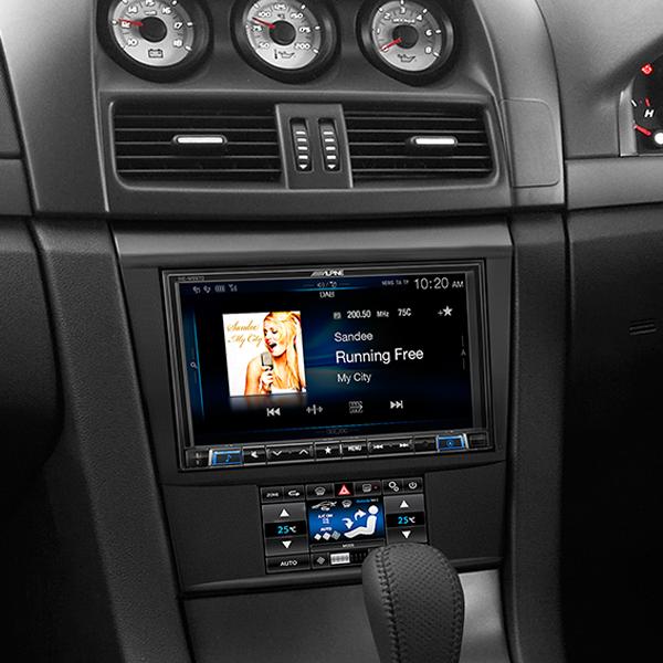 Holden Ve Alpine Ilx 702d 7 Quot Apple Carplay Android Auto