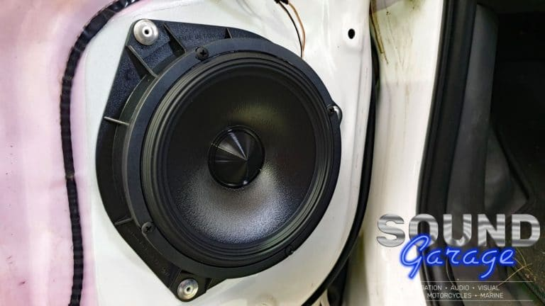 2012 Toyota Hilux - Alpine R-S65C.2 Component speakers
