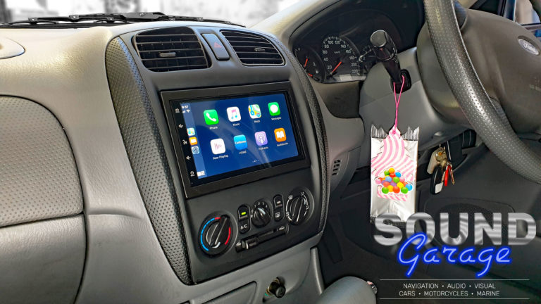 2000 Ford Laser_Mongoose Q7CA Apple CarPlay, Android Auto Digital Media Player
